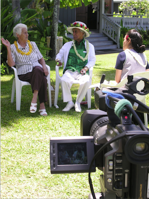 Maile Loo conducts an oral history interview with Auntie Hilda Keanaʻaina & Uncle George Naope. Photo courtesy HPS.