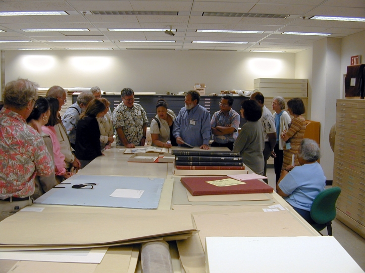 Hawaii researchers at Library of Congress map collection